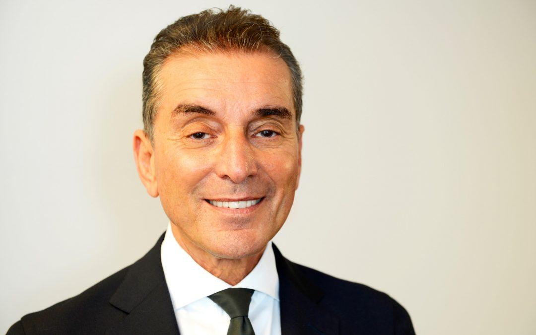 Michel Friedman über Gerichtsprozesse in Theatersälen