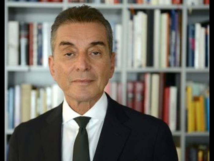 Beim Talk im DKH online zu Gast: Michel Friedman